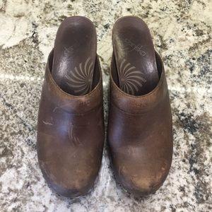 DANSKO Rae studded VINTAGE Brown leather mule clog